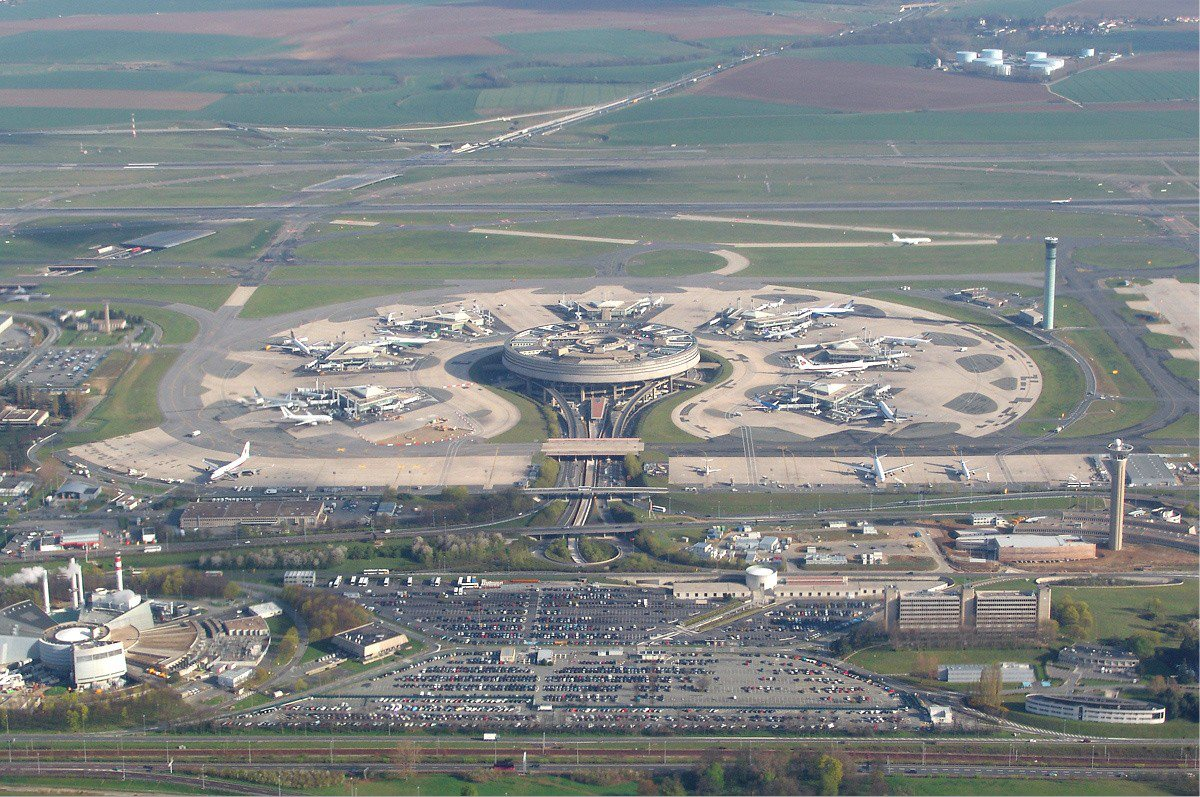 The Paris-Charles-de-Gaulle Airport turns to green