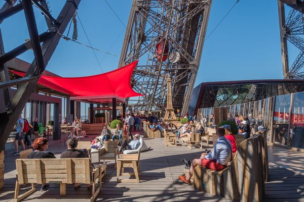 A sustainable development-oriented terrace on the Eiffel Tower