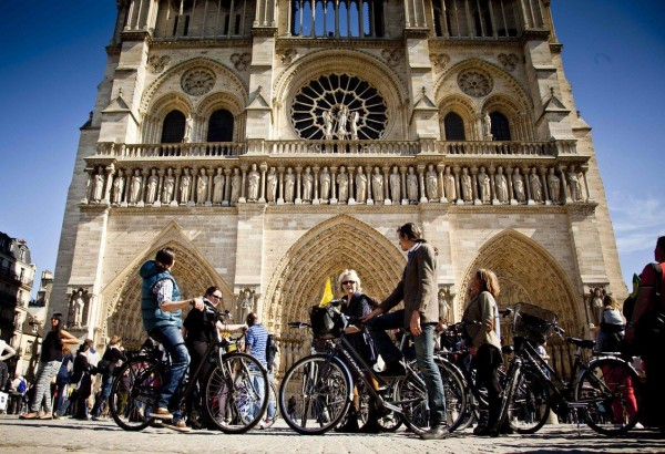 Visit Paris by bike with Paris Bike Tour