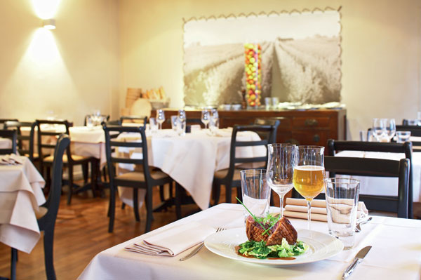 restaurant-pomze-paris-tourist-office-photographe-marc-bertrand-lutte-gaspillage-alimentaire-green-hotels-paris-eiffel-trocadero-gavarni