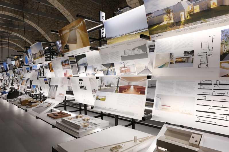 Exhibition: Les Universalistes
