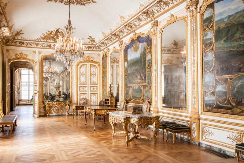 chateau-de-chantilly-galerie-des-batailles-photo-sophie-lloyd-green-hotels-paris-eiffel-trocadero-gavarni