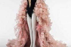 Exposition : Dalida, une garde-robe de la ville à la scène