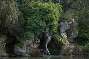 renaissance-de-robert-arnoux-credit-yann-monel-exposition-sculptures-en-paysage-galerie-jardins-en-art-green-hotels-paris-eiffel-trocadero-gavarni
