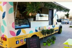 Paulette in the truck: Paris' vegan food truck