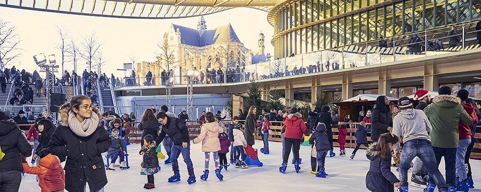 (Français) Une patinoire géante au Forum des Halles