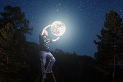 La lune au Grand Palais