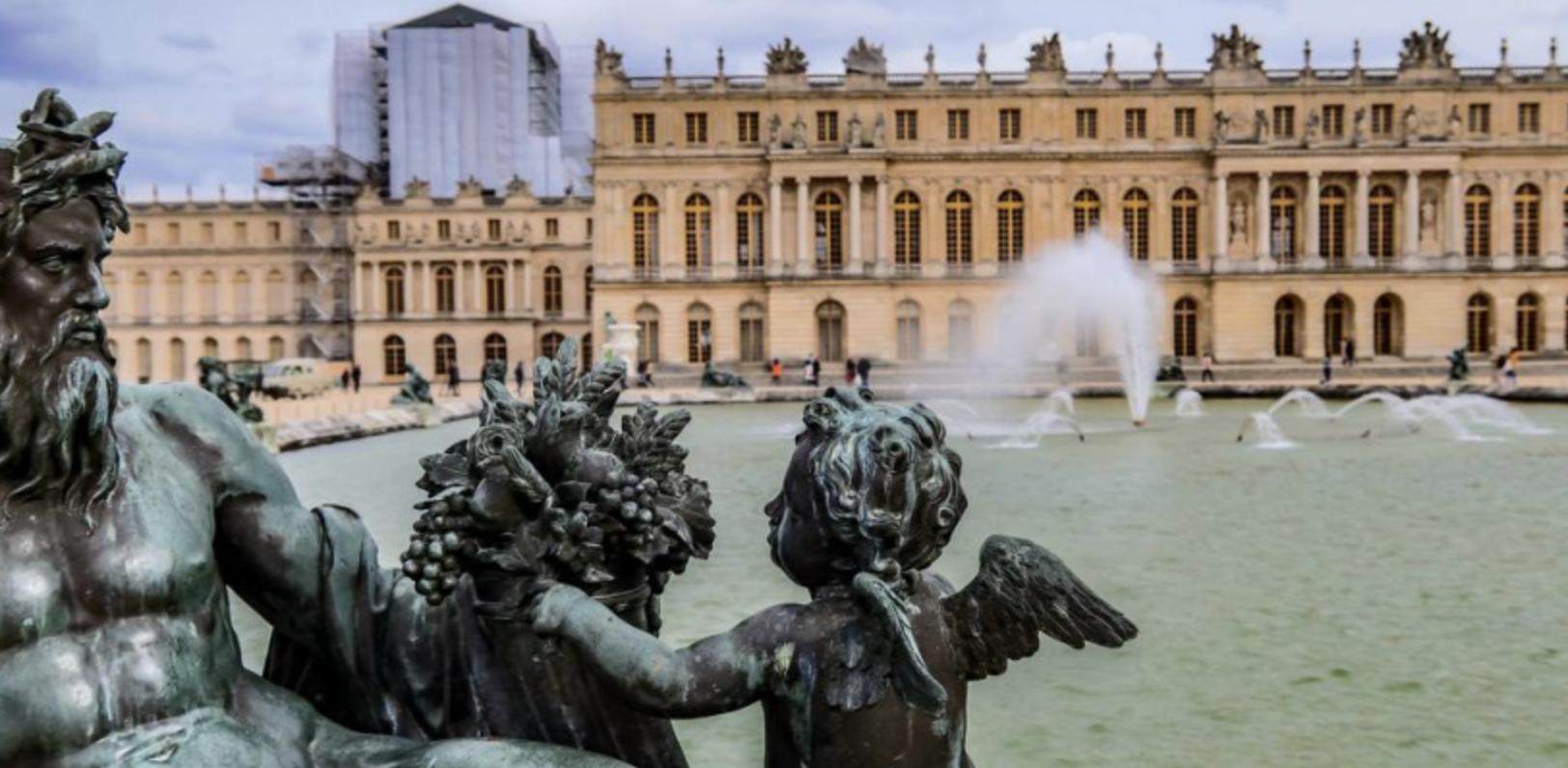 (Français) LE CHÂTEAU DE VERSAILLES À LA MAISON : VISITES, EXPOSITIONS VIRTUELLES ET DOCUMENTAIRES