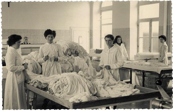 Exhibition: Mathieu Pernot and Philippe Artières, The Photographs Asylum