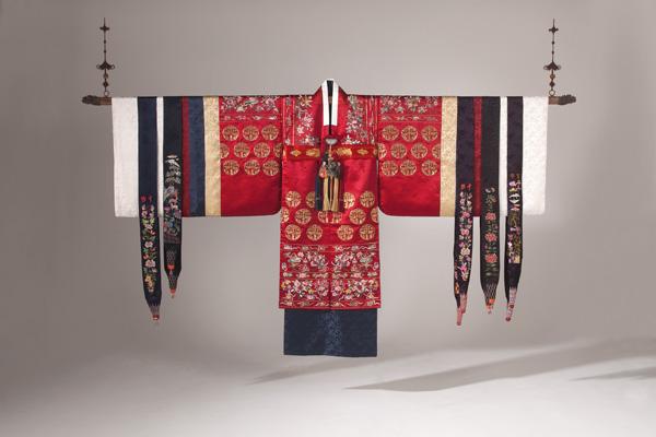 Exposition : Intérieur coréen, oeuvres de In-Sook Son