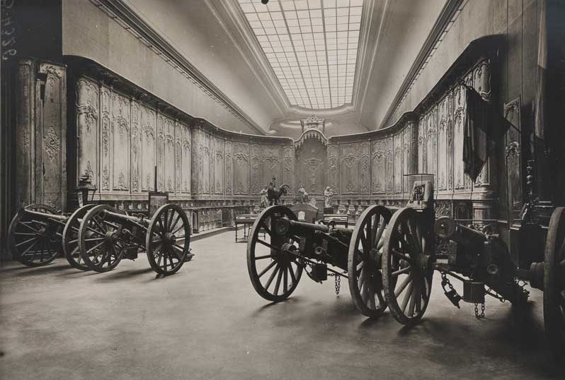Exhibition: Le patrimoine s'en va en guerre