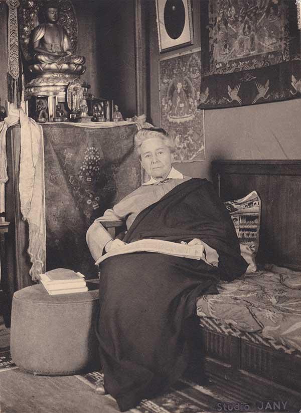 Exposition : Alexandra David-Néel, une aventurière au musée