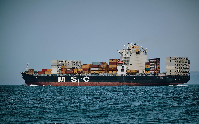 Réduire la vitesse des navires serait bon pour le climat
